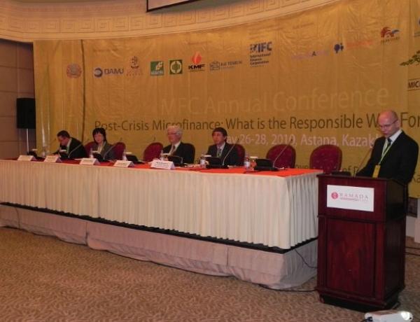 Odlična zaštita klijenata 2010 MFC Award u saradnji sa kampanjom Smart