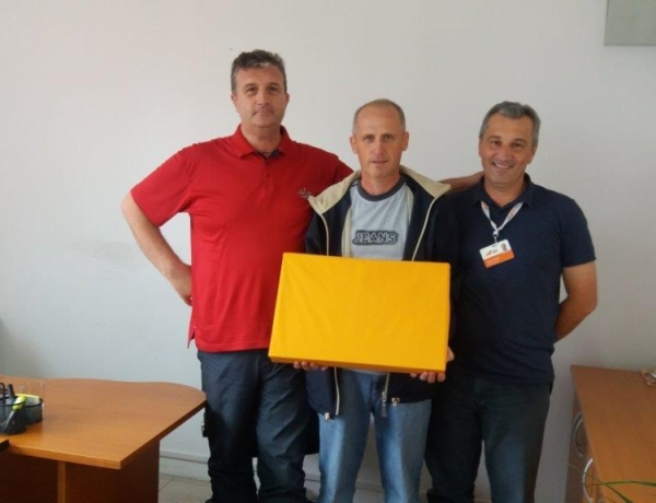 Donating Laptops to EKI Clients on the Occassion of EKI's 20th Birthday