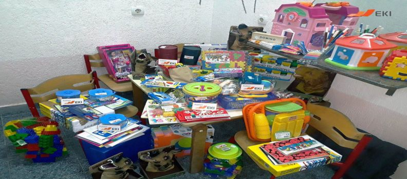 """Donation of toys and school accessories to the Association """"Dobar glas"""" Sanski Most"""
